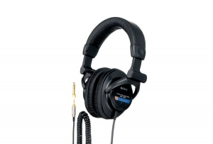 Figure 1.25 Sony MDR-7509HD closed back studio headphones